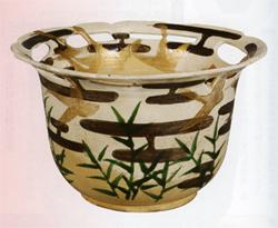 尾形乾山 「色絵芦雁図透鉢」(出光美術館蔵)