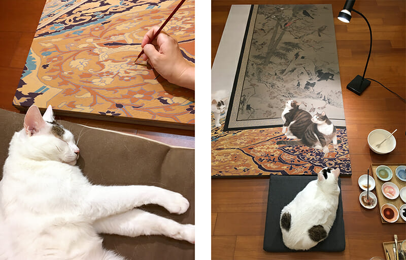猫と暮らすアトリエ。いつも、違う子がクッションを温めてくれる。